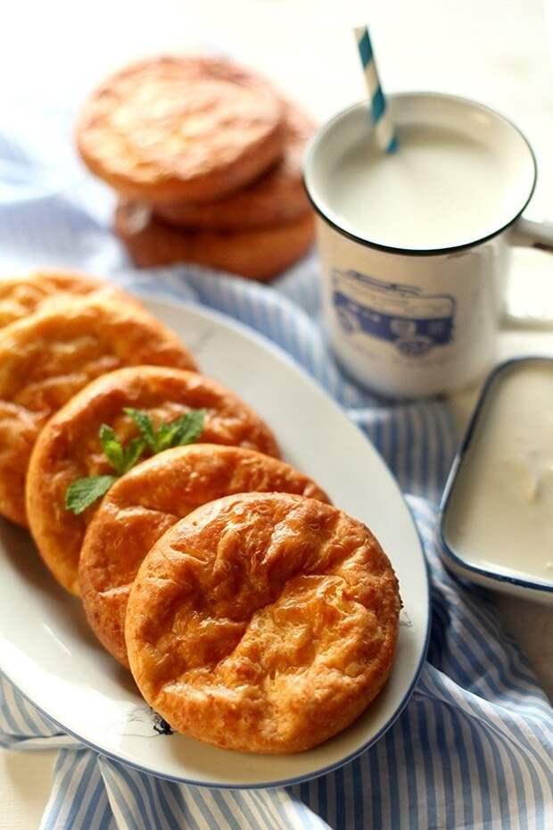 Полезный завтрак: топ-4 рецепта банановых сырников