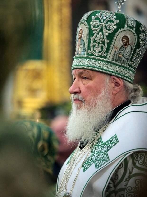 Патриарх Кирилл связал стрельбу в школе с отсутствием религиозного воспитания