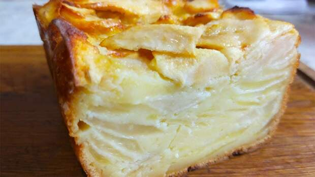 Этот пирог превзошел любимую шарлотку. При выпечке тесто превращается в нежный крем!