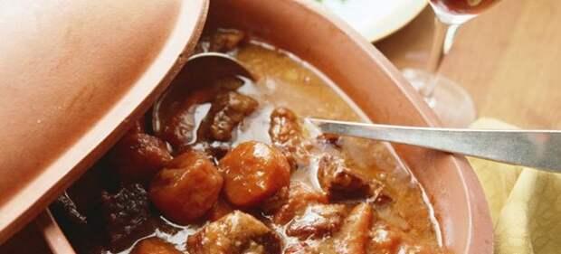 мясо в духовке с подливкой