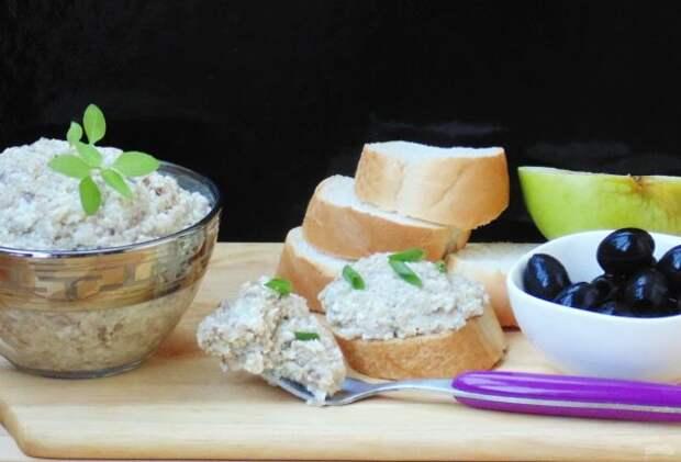 Быстрые закуски с селедкой: захочется съесть все сразу!