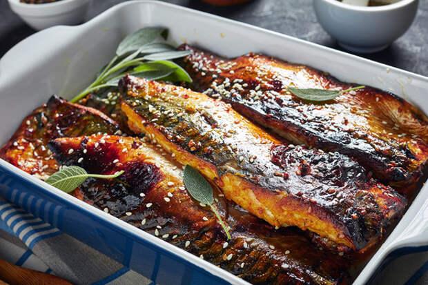 Готовим скумбрию в духовке: 5 лучших рецептов