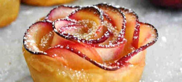 печенье розочки из слоеного теста с яблоками