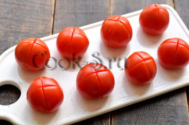 Малосольные помидоры (готовятся в пакете, с чесноком и укропом) – узнала рецепт у соседки по даче, это нереально вкусно