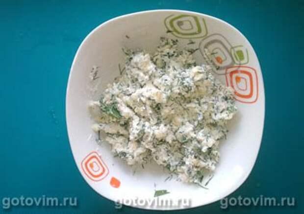 Чебуреки с творогом, сыром и зеленью (Ругувачки), Шаг 04