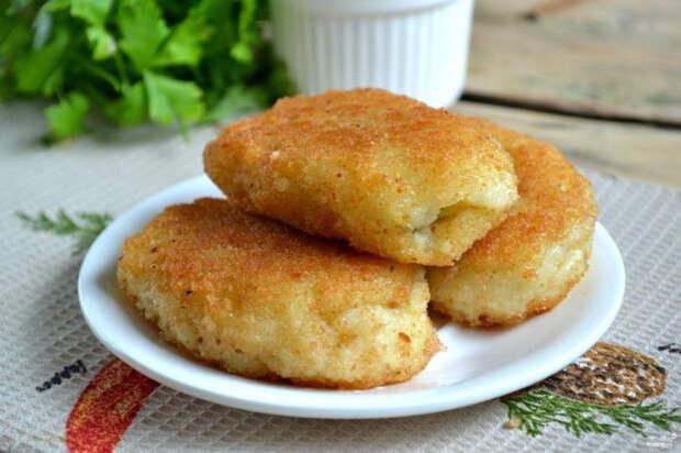 Застывшему пюре с комочками можно дать второй шанс: рецепт интересных и простых пирожков из картофеля