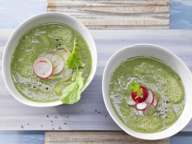 Суп с редисом. \ Фото: eatsmarter.de.