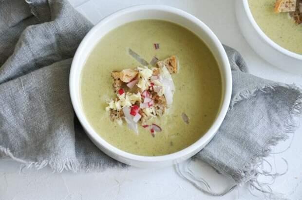 Овсяный суп с редисом. \ Фото: blog.littlebee.at.